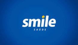 smile fundo azul